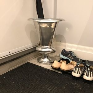 Other - Chic floor vase and umbrella stand